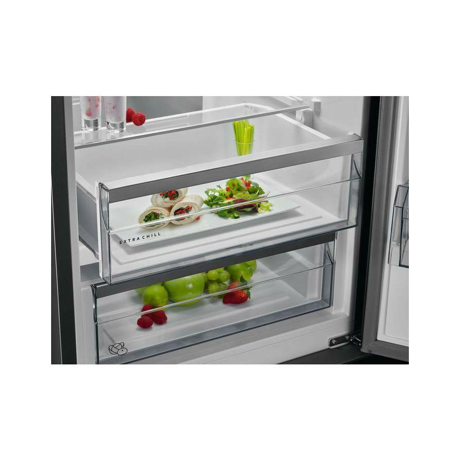 hladnjak-aeg-rcb632e4mw-01040894_8.jpg