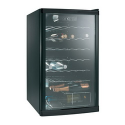 Hladnjak za vino Candy CCV150EU